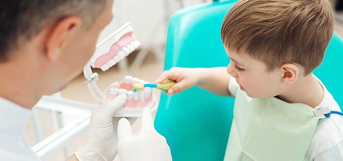 La Importancia de que los niños acudan al dentista. 1