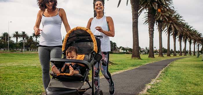 Pasear con un bebé y qué opciones recomendables tienes. 2